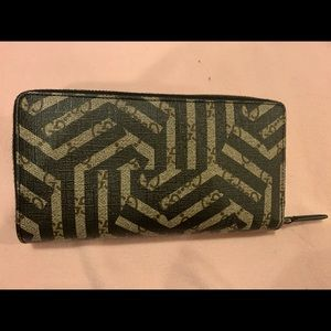 Gucci Caleido Zipper supreme canvas wallet